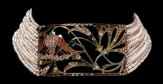 An Art Nouveau Enamel Emerald Pearl and Diamond Choker Necklace by Georges Fouquet circa 1910